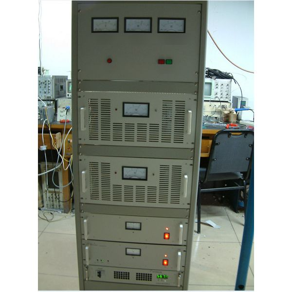 FMUSER 1000W Rack TV-sender + Vierpaneel TV-antenne + 30M koaksiale kabelstel